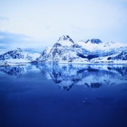 artnorama - Blue Symmetry