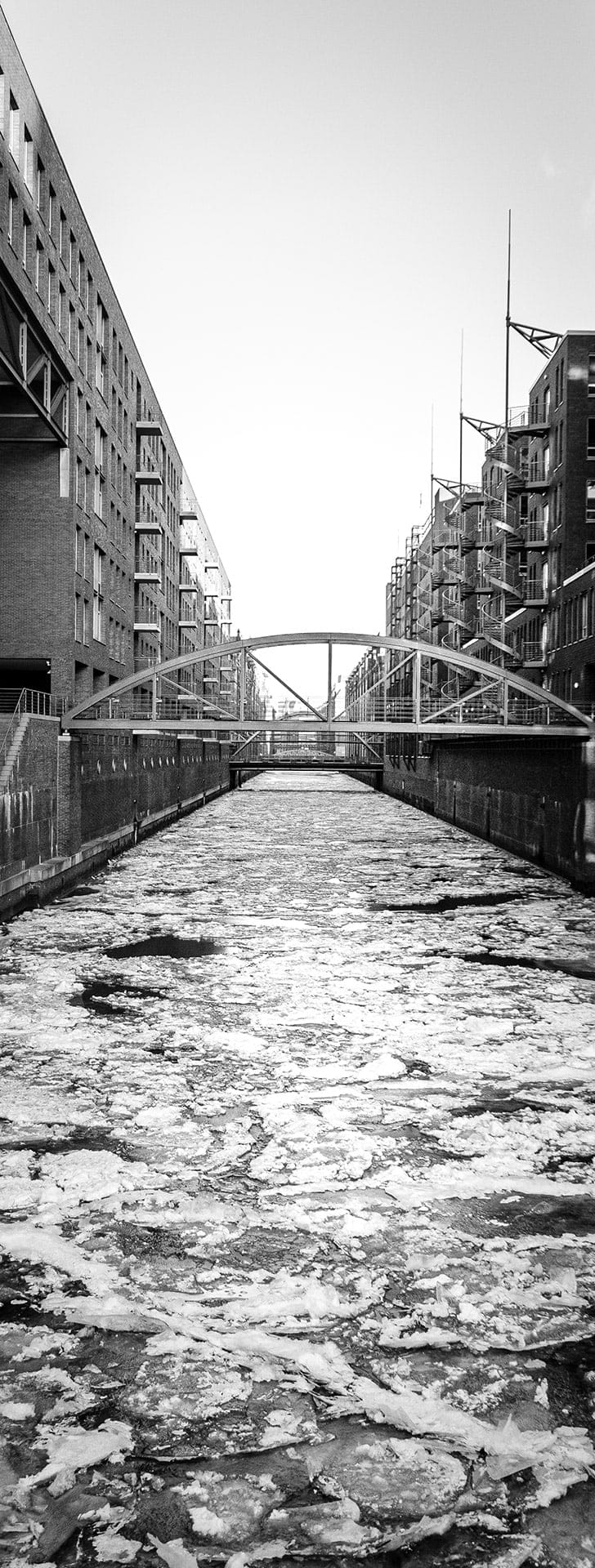 artnorama - Crushed Canal